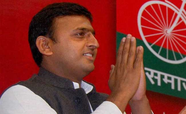 Mulayam Singh Yadav excludes Shivpal Yadav from new candidate list