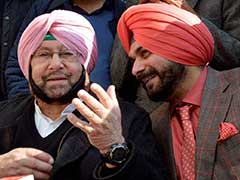 From Captain Amarinder Singh And Navjot Singh Sidhu, An Unconvincing Show Of Unity