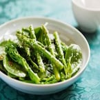 6 Incredible Benefits of Asparagus, the Nutrient Powerhouse