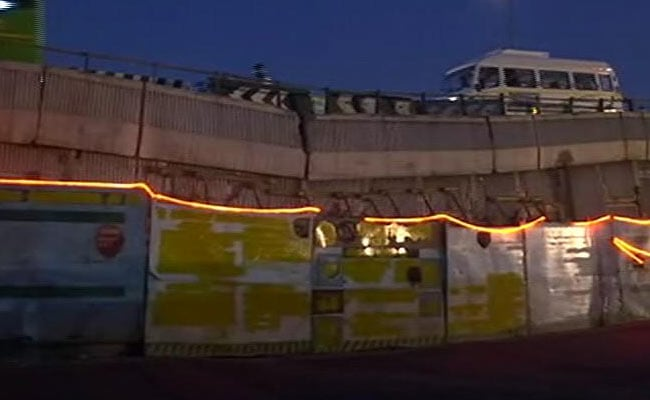 Delhi Flyover Used By Lakhs Each Day Held In Place By Planks And Prayers