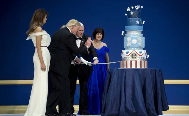 Trump's Inaugural Cake Was Commissioned To Look Exactly Like Obama's