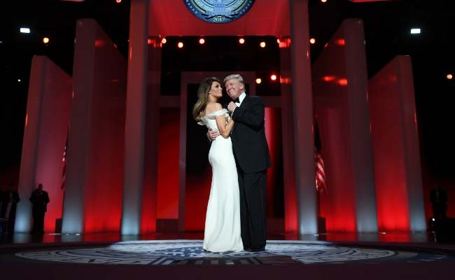 Donald Trump and Melania Trump stepped side-to-side to 'My Way' (AFP)