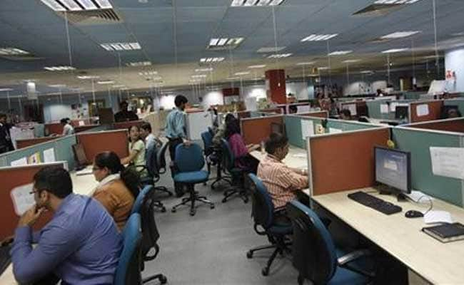 So Will IT Layoffs Really Run Into Lakhs? What The Experts Say