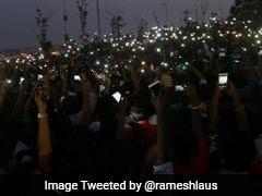 तमिलनाडु के मंत्रियों ने जल्लीकट्टू समर्थक प्रदर्शनकारियों से बातचीत की