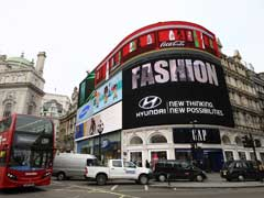 London's Piccadilly Circus Lights Go Off For Longest Since World War Two