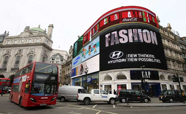 Famous London Piccadilly lights are being switched off for 9 months