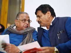 Akhilesh Yadav And Father Mulayam's Separation Appears Official Now