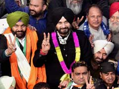Navjot Sidhu Takes 6 Hours To Reach Golden Temple In Amritsar