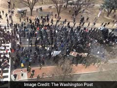 Protesters Block Entrances To Trump's Inauguration, Set Fires, Vandalize