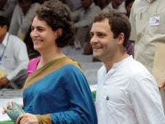 After Akhilesh Yadav Stuns Congress, Priyanka And Rahul Gandhi Lead Meet