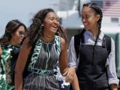 Bush Twins Write Heartfelt Letter To Obama Sisters