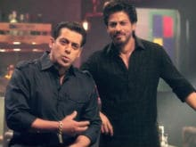 <i>Bigg Boss 10</i>: Salman And Shah Rukh Khan In The Moment We've Been Waiting For