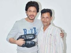 'रईस' के डायलॉग का जूतों की दुकान पर लगाया पोस्टर, तो मिला शाहरुख खान से मिलने का मौक