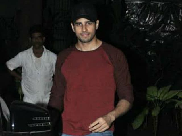 Inside Sidharth Malhotra's Birthday Party: Guest List Included His Heroines