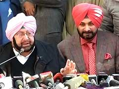 From Captain And Navjot Sidhu, An Unconvincing Show Of Unity