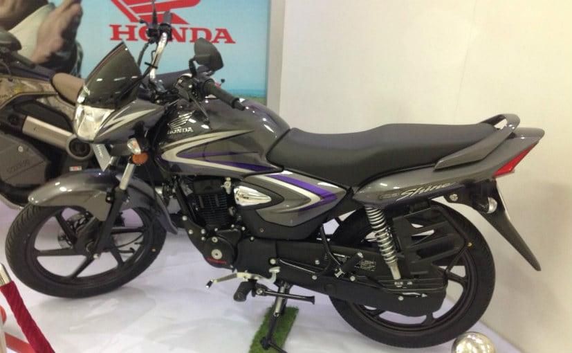 Honda unseats Bajaj as No2 bikes-maker; moves closer to Hero