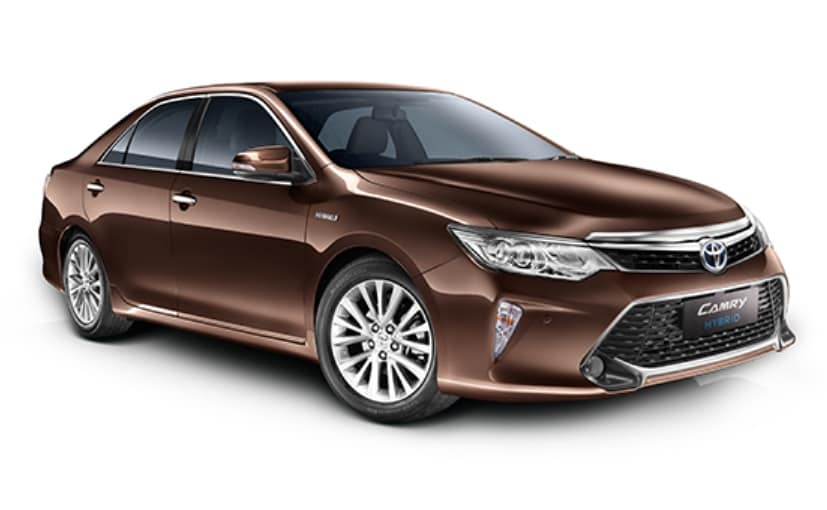 2017 toyota camry hybrid launched at rs lakh gets minor updates ndtv carandbike. Black Bedroom Furniture Sets. Home Design Ideas