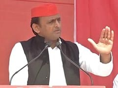 UP Elections 2017: With 'Gujarat's Donkeys', Akhilesh Yadav's Dig At PM Narendra Modi, Amitabh Bachchan
