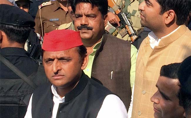 With 'Gujarat's Donkeys', Akhilesh Yadav's Dig At PM Modi, Big B