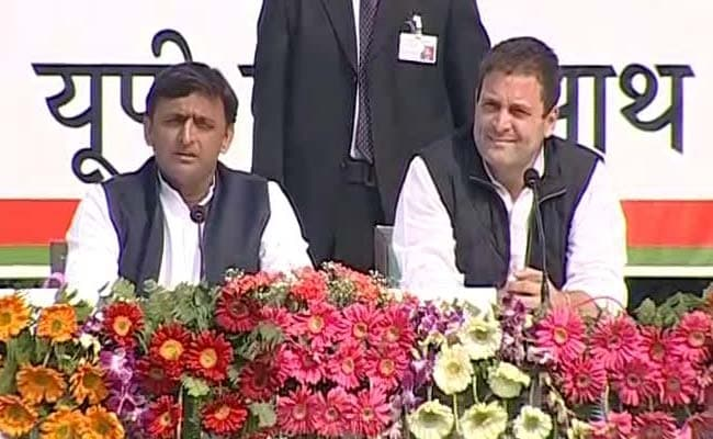Akhilesh, Rahul release SP-Cong common minimum programme in Lucknow
