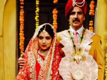 Akshay Kumar 'Treats' Us To Still From Toilet: Ek Prem Katha, Co-Starring Bhumi Pednekar