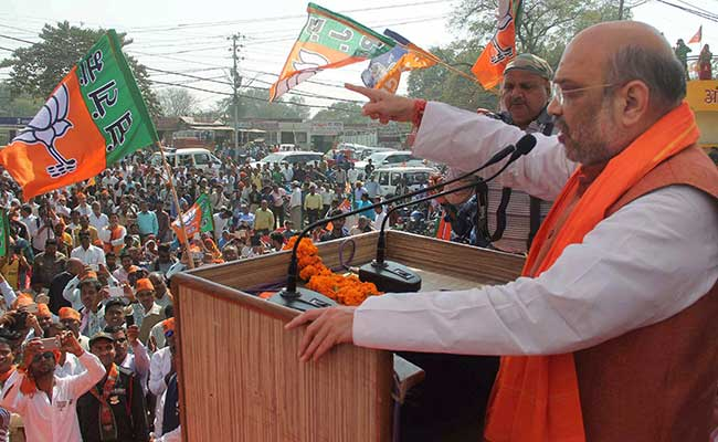UP Elections 2017: As Akhilesh Yadav-Rahul Gandhi Campaigned In Allahabad, Amit Shah Was A Street Away