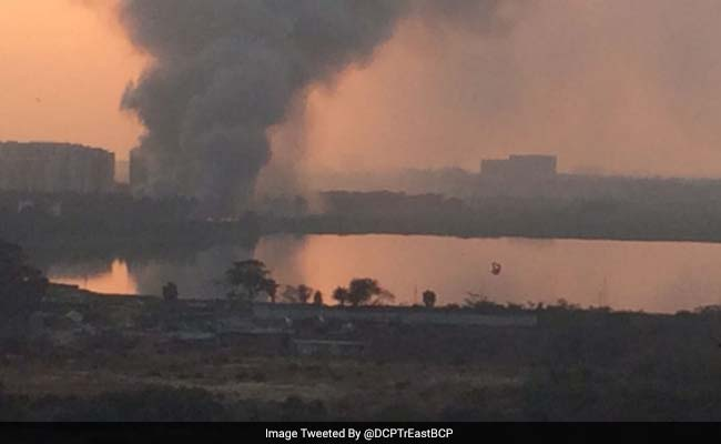 Fire engulfs Bellandur lake, this time from trash heap