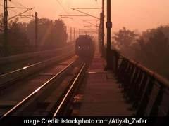 Woman Jumps Before Delhi Metro Train In Alleged Suicide Bid; Suffers Fracture Instead