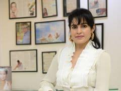 A Dermatologists' Secret To Using A Moisturizer