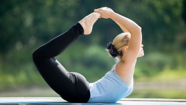 How to Get Small Waist Through Yoga: 5 Effective Poses that Will Help