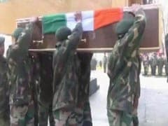 Army Pays Tributes To 2 Soldiers Martyred In Kulgam Encounter