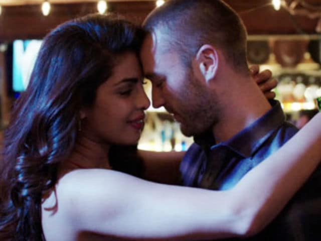 Priyanka Chopra And Jake McLaughlin Are Trending Because Of This Quantico GIF