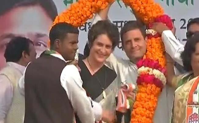 UP Elections 2017: Rahul Gandhi Jabs PM: We Were Shown DDLJ's SRK, Got Sholay's Gabbar Singh