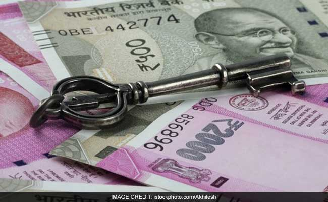 Rupee Rallies To 17-Months High, Up 6 Paise At 65.30