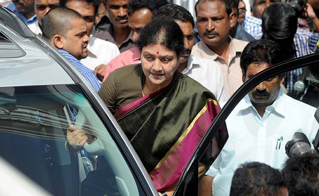 In Secret Reunion Talks, Role Of Sasikala's Nephew And Centre's Cameo