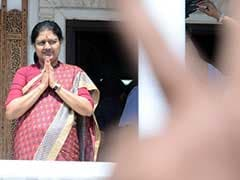 VK Sasikala Establishes Control, Says 'Those Who Loved Amma Will Stay'