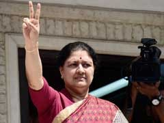 Governor To Arrive in Chennai Today, Will Meet VK Sasikala, Supporters: 10 Points