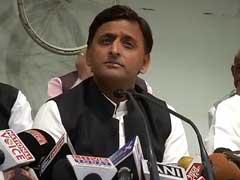 Akhilesh Yadav Avoids Uncle Shivpal In Uttar Pradesh Assembly