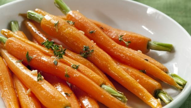 24 Amazing Benefits Of Carrots (Gajar) For Skin And Health