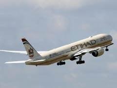 United Arab Emirates's Etihad Airways Announces Suspending Flights To Qatar