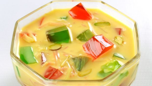 mix fruit custard