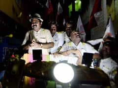 AIADMK's TTV Dinakaran To Meet Aunt VK Sasikala in Jail Today, Says No Rebellion In Party