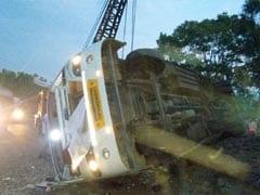 6 Killed, 24 Hurt As Bus Falls In Pit In Madhya Pradesh