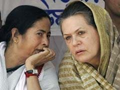 Mamata Banerjee In Delhi, Meets Sonia Gandhi, Congress Sweats in Bengal