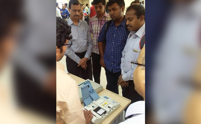 EVM tampering issue stands closed, says Election Commissioner