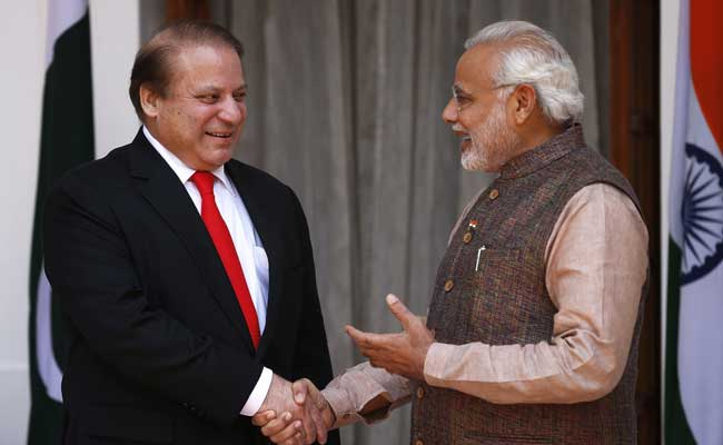 PM Modi, Pak PM Sharif exchange greetings at Kazakhstan's Astana Opera