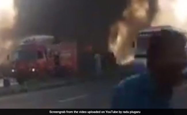 Oil tanker explosion kills more than 123 in Pakistan