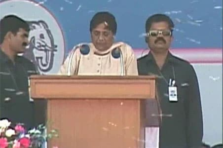 Bees at Mayawati rally: Police to investigate