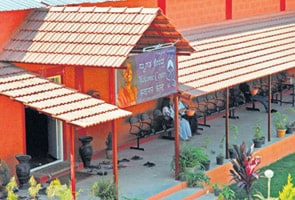 Alcohol, sex rampant at Nithyananda's ashram, says Bangalore techie