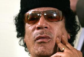Libya unrest: Gaddafi strikes back as rebels close in on Tripoli